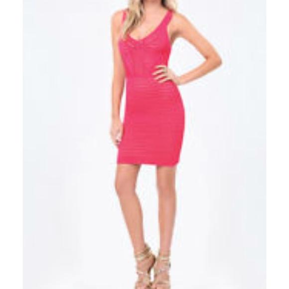 6a0ad4686e44 bebe Dresses   Skirts - Bebe wedding guest Size 00 Dress